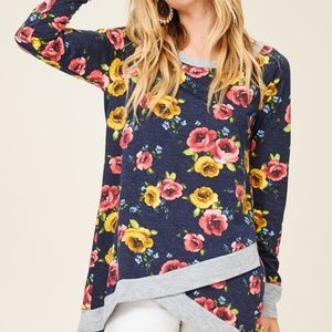 NWT Staccato stitch fix floral print pull over top